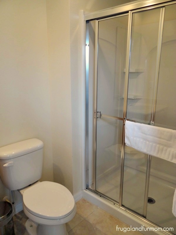 Encantada-Resort-Kissimmee-Florida-Bathroom