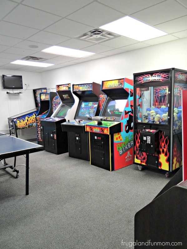 Encantada-Resort-Kissimmee-Florida-Game-Arcade-Room