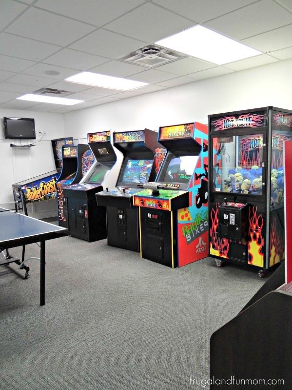 Encantada-Resort-Kissimmee-Florida-Game-Arcade-Room