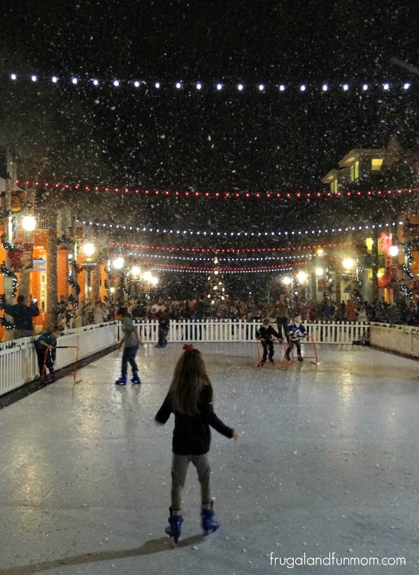 Ice-Skating-Snow-Now-Snowing-in-Celebration-Florida