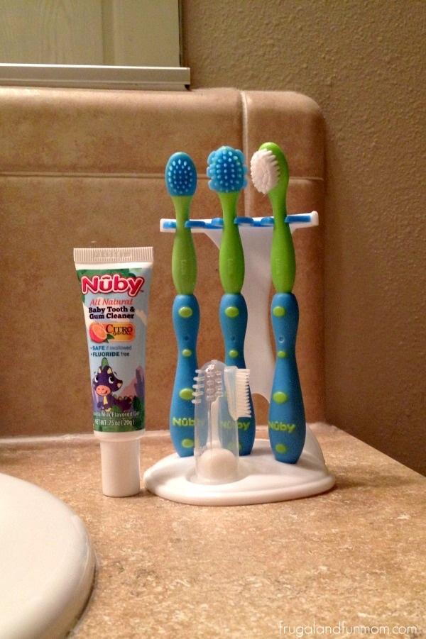 Nuby Toothbrush Set