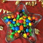 5 Fun Tips For Awards Night and Snacking With M&M'S! #Oscars #Ad