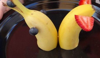 Banana Dolphin Tutorial! A Fun Snack and Craft for Kids!