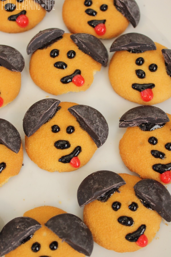 cookies-decorated-to-look-like-dogs