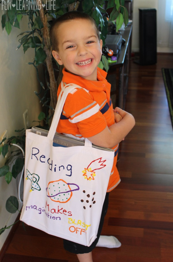 library-book-bag-craft-with-puffy-paint