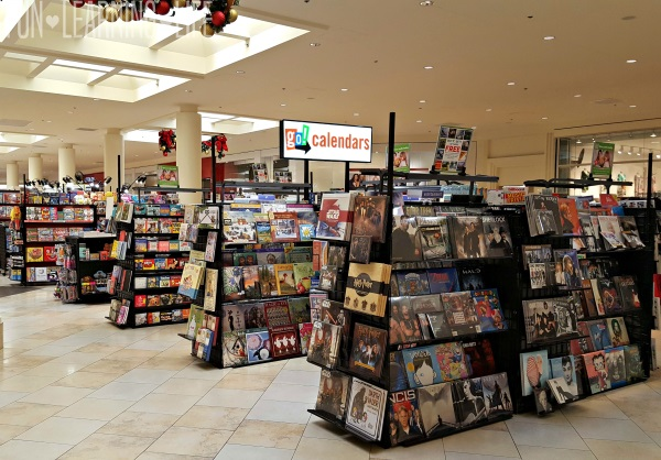 go-calendars-in-sarasota-square-mall