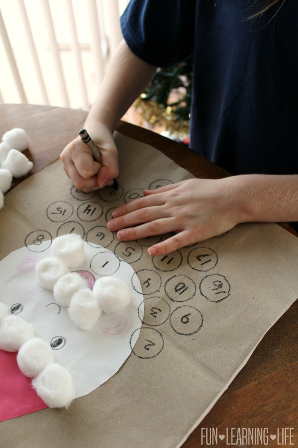 drawing-and-numbering-countdown-to-santa-craft