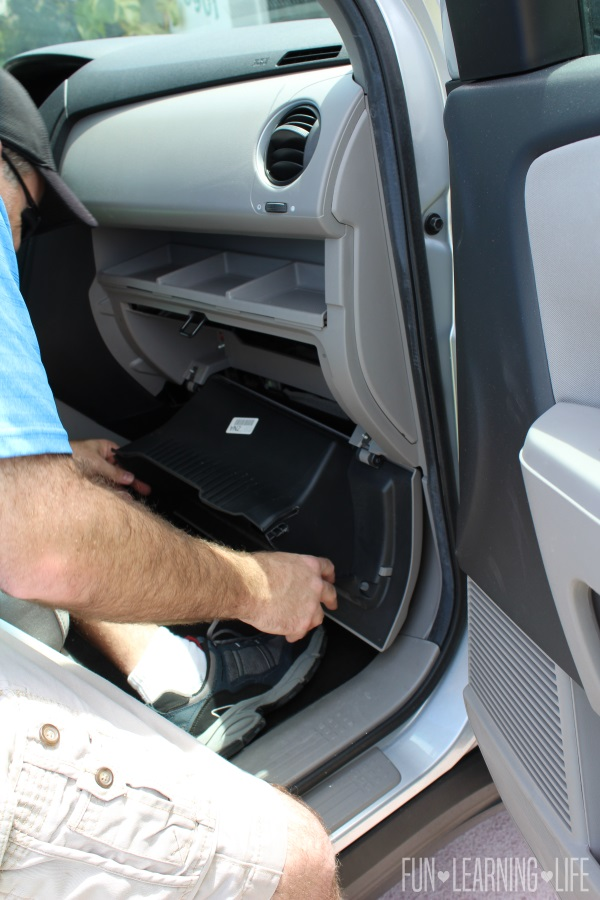 5 Areas Not To Forget When Spring Cleaning Your Vehicle