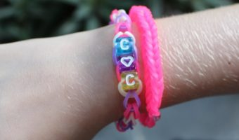 Giving Smiles With Alphabet Beads Loom Band Bracelets Craft!