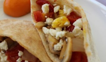 "Breakfast Pita With Tomatoes and Eggland's Best ""America's Best Recipe"" Contest!"