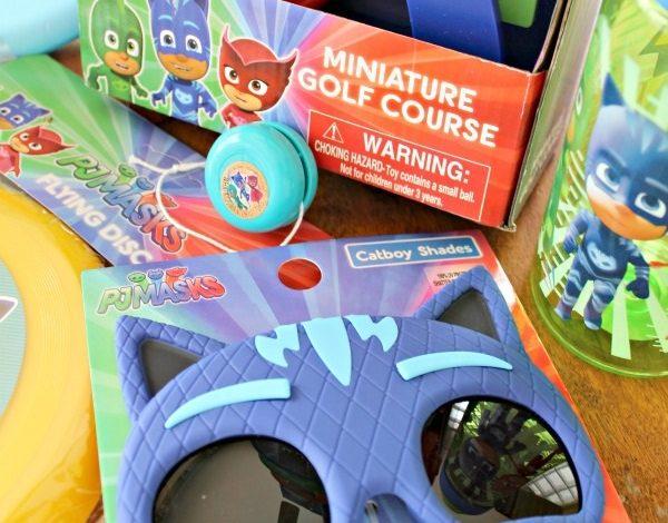 Miniature Golf Set and Other Fun PJ Masks Outdoor Toys!