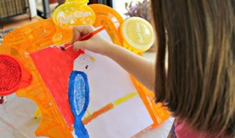 Look What My Daughter Can Do With The No Spill Paint-Sation Art Kit!