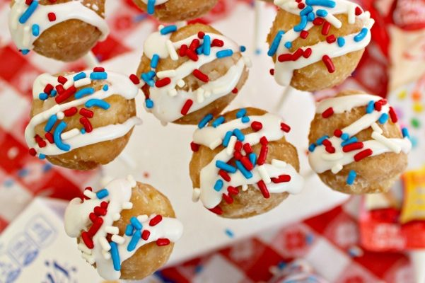 Red White and Blue Cake Pops and Entenmann's Fan Flavor Challenge & Sweepstakes!