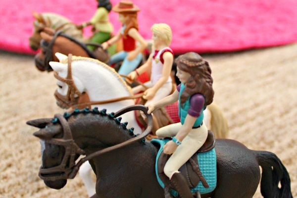 Playing and Learning With Schleich Horse Club Horse Adventure App and Toys!