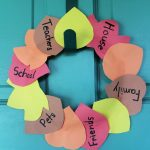 Construction Paper Wreath Craft for Thanksgiving!