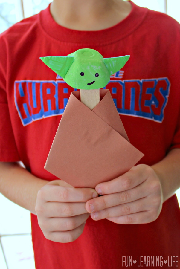 Baby Yoda Craft Made With An Egg Carton!