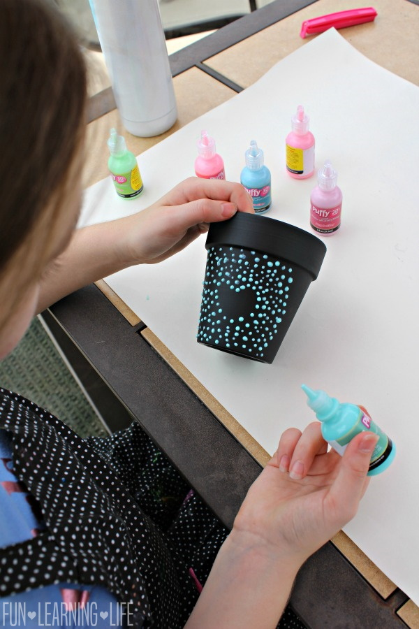 Chalkboard Flower Pots With Puffy Paint Dot Art