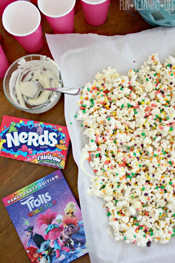 Poppy's Rainbow Popcorn Mix Inspired by TROLLS World Tour!