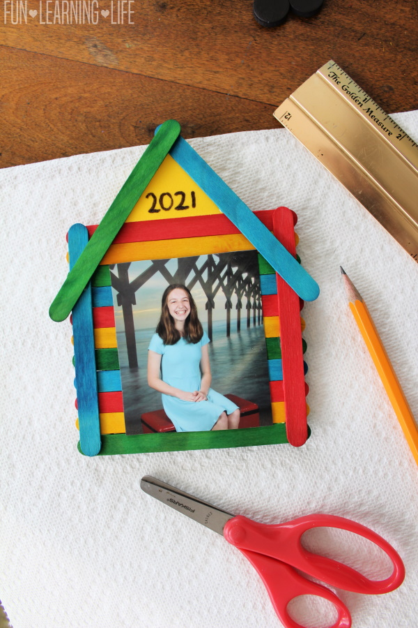 Photo Frame Craft for School Pictures!